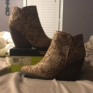 Very Volatile Tan and lace Ankle boots NWOT